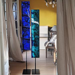 Totems -Panneaux d'émaux d'orfèvre camaieu de bleu, turquoise et cobalt rélaiÉmaux sur cuivre