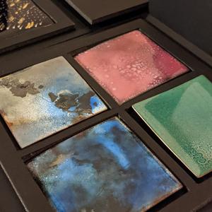 Composition murales dec pièces émaillées sur cuivre : bleu, turquoise, ocre